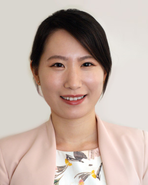 Dr Christine Park