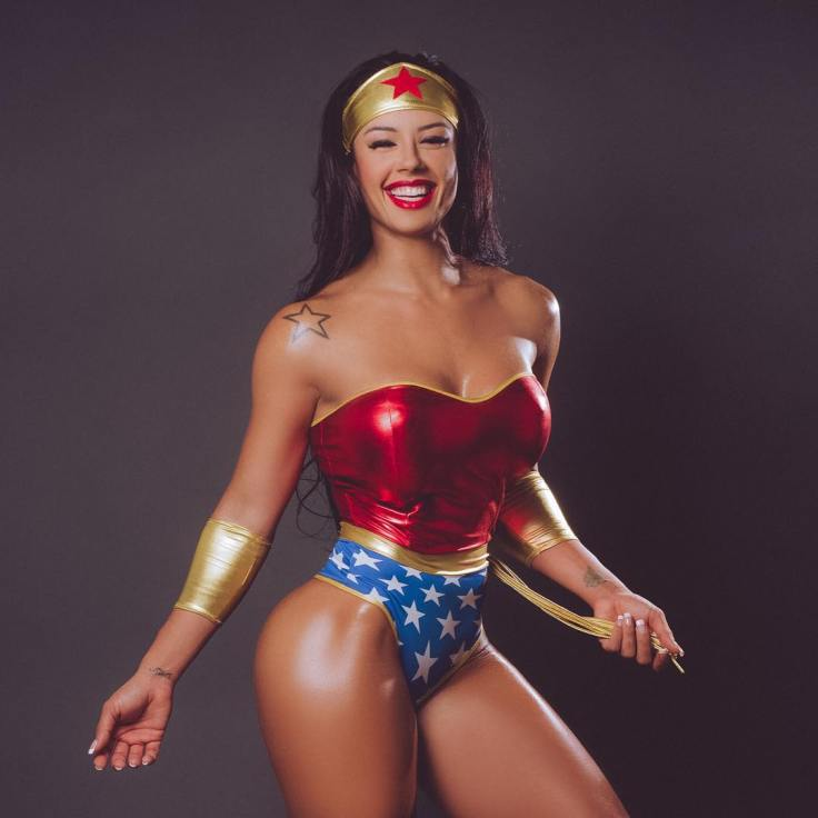 sue lasmar Wonder Woman 510497390
