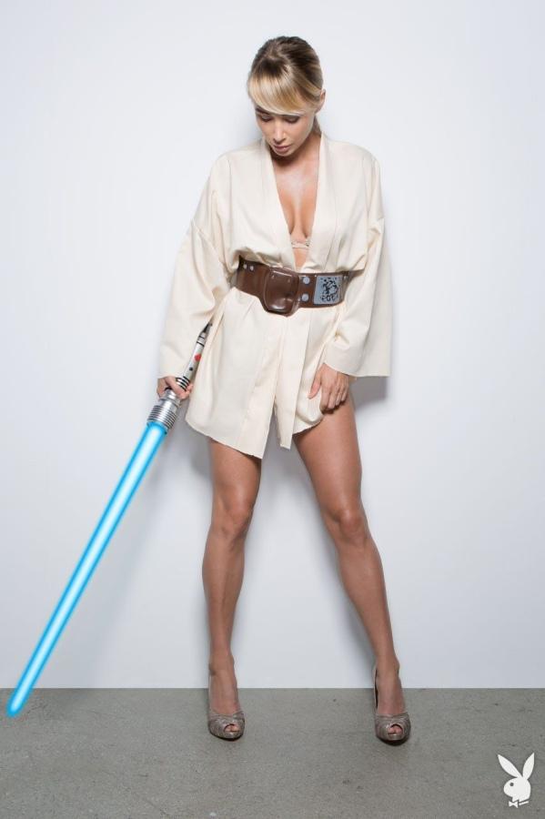 Sara Jean Underwood - Star Wars Playboy 1