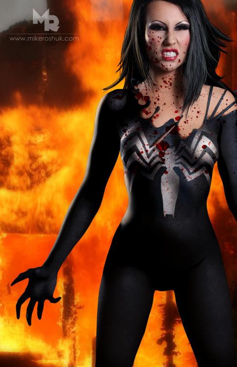 mike roshuk - Heroines Comics en Bodycombing (5)