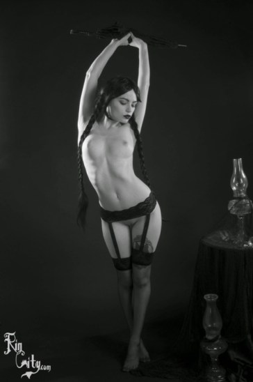 Wednesday Adams hot and sexy tumblr_o3c43i3IDk1ugpil6o10_500