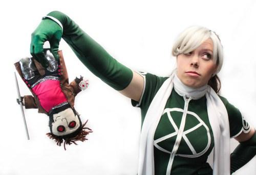 rogue cosplay (malicia xmen) (5)