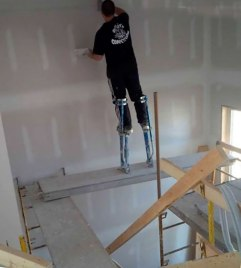 workplace-safety-fails-men-accident-waiting-to-happen-12-58cfea7b7ad8c__605-7