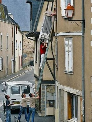 workplace-safety-fails-men-accident-waiting-to-happen-34-58d11a346a445__605-7