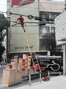 workplace-safety-fails-men-accident-waiting-to-happen-4-58cfea6a6f4e3__605-7