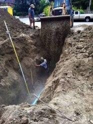 workplace-safety-fails-men-accident-waiting-to-happen-56-58d22df942d1c__605-7