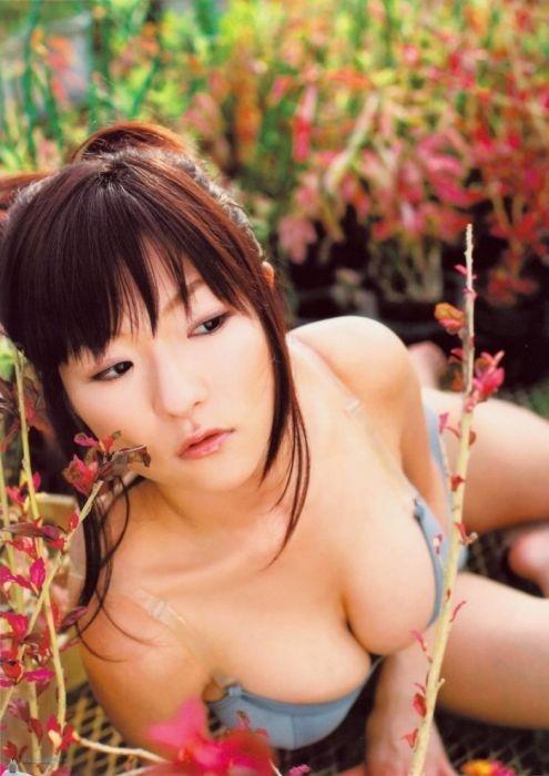 Hori Mizuji, Gravure Idol aux grand yeux