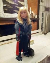 Ce costume n'est pas à la hauteur ? Vous avez Thor... ;)