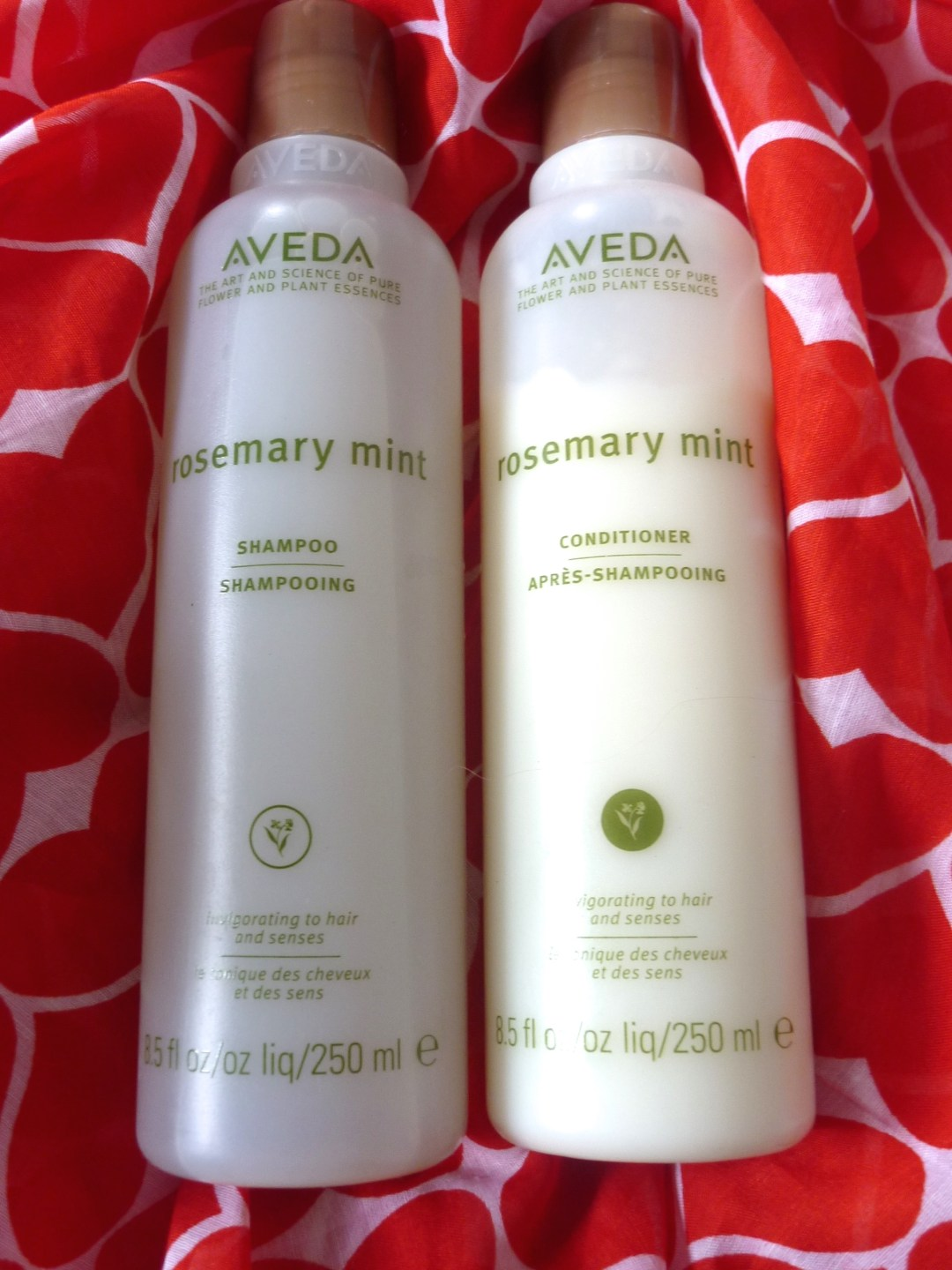 Aveda gamme Rosemary Mint zoom
