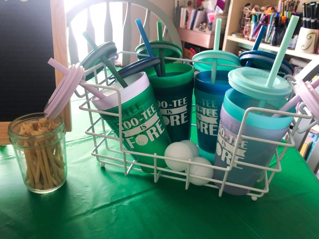 Party favors and custom drink tumblers - Pink Bows & Twinkle Toes