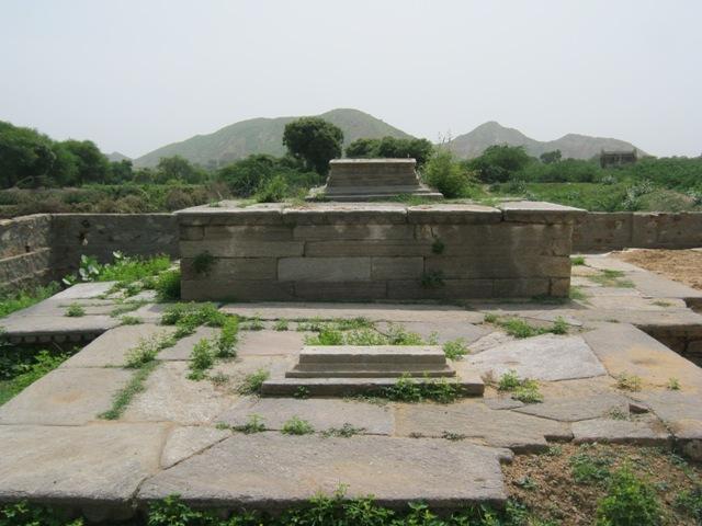 Maqbara-of-Raiza-Sultan-07