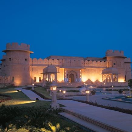 Hotel Raj Vilas