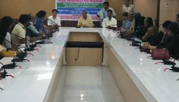 Discussion organized to make child rights an issue