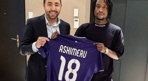 Majeed Ashimeru joins Anderlecht on loan