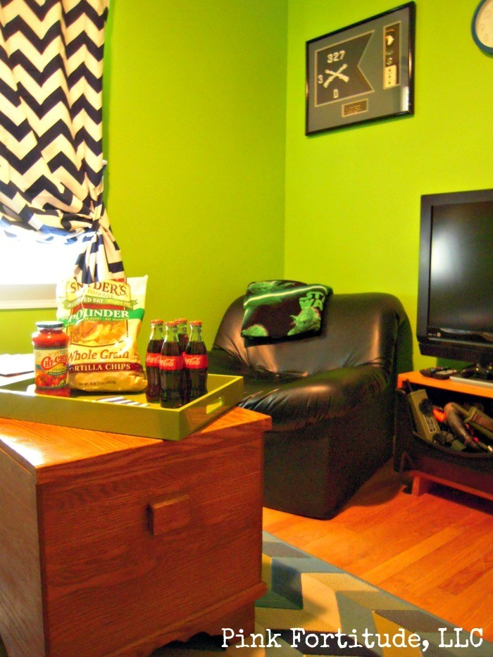 Tween Teen Boys Hangout Play Room by coconutheadsurvivalguide.com #xboxroom #limegreen