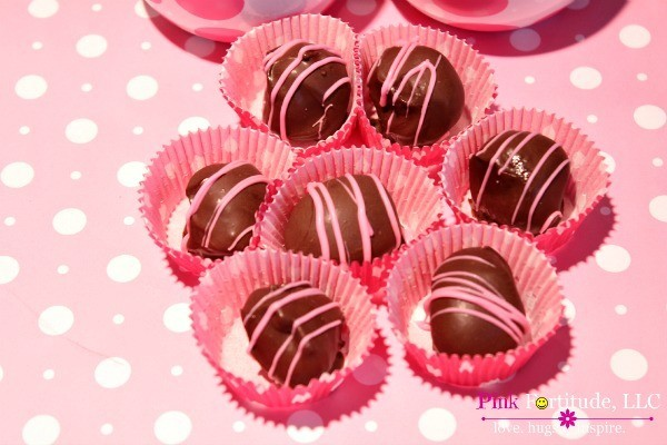 Godiva Truffles by coconutheadsurvivalguide.com #recipe #chocolate #valentinesday