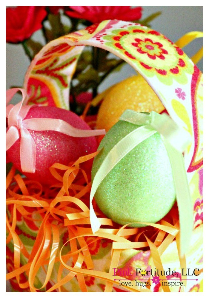 This Lilly Pulitzer inspired Easter basket craft is easy to make, fun for the kids, will set you back all of $2.00 and will give your spring decor a groovy vintage 70's vibe. Want to see how it's made?