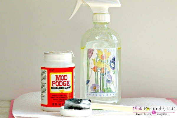 Easy to Make DIY All Natural Non Toxic All Purpose Cleaner with Essential Oils by coconutheadsurvivalguide.com