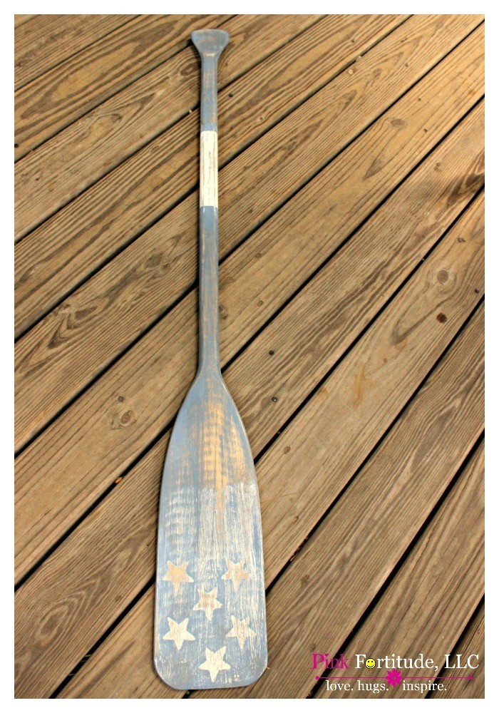 Sometimes in life, you take a chance, and are surprised at how well things turn out.  I found this oar at a yard sale, and wanted to challenge myself to see if I could DIY it into a copy of the Pottery Barn Weathered Oars.  Does this DIY Clutz have what it takes to take this project to the next level?