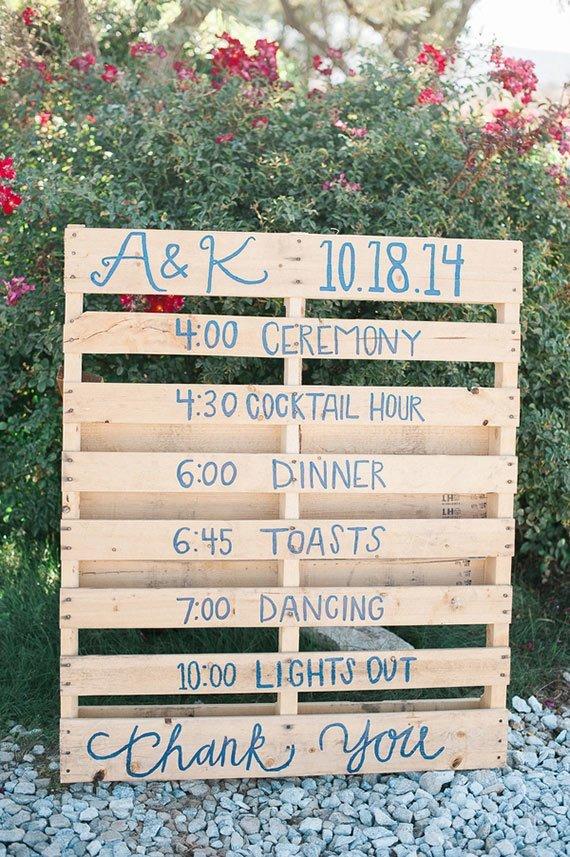 Colorful-Rustic-Barn-Wedding-15