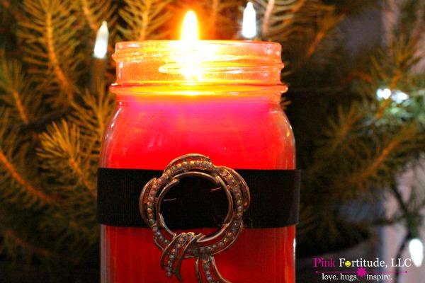 All Natural Homemade Mason Jar Santa Candle