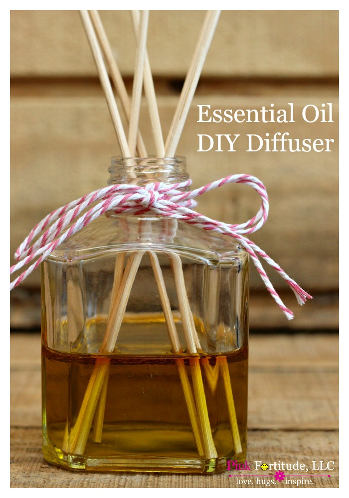 I've been wanting to make my own essential oil diffuser for awhile, but each time I tried, it didn't work. Until I figured out the secret ingredient. It's much easier than you think!