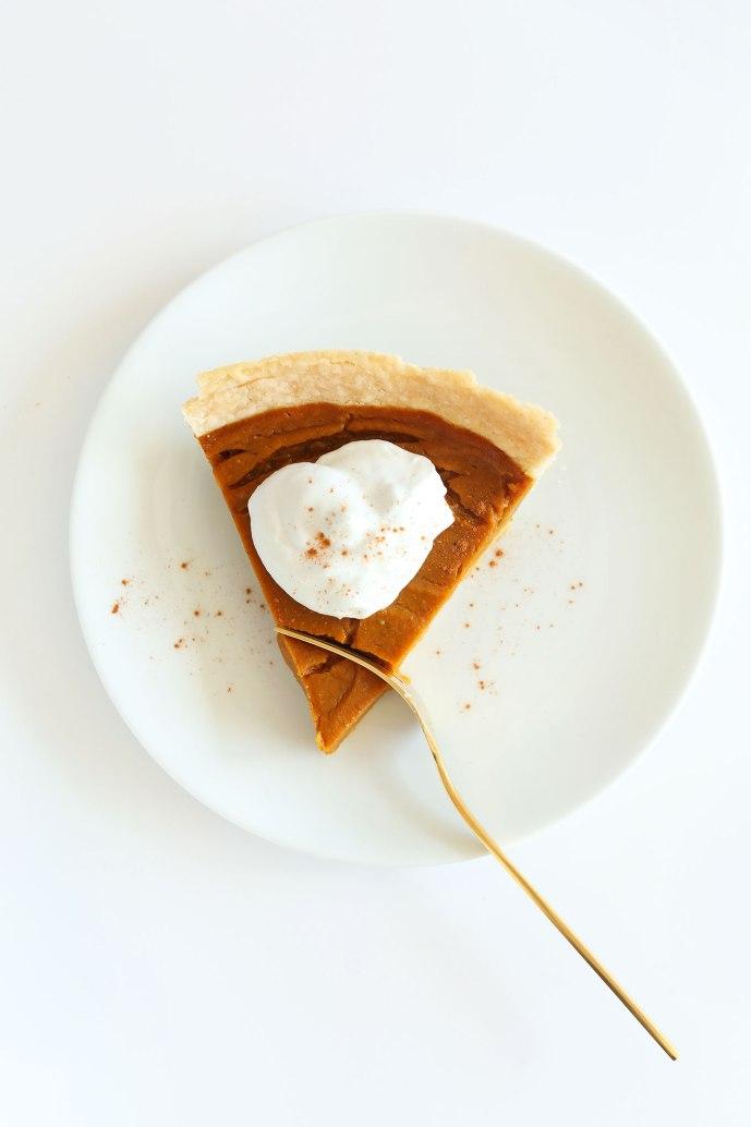 THE-BEST-Vegan-Gluten-Free-Pumpkin-Pie-10-ingredients-simple-methods-SO-flavorful-and-delicious