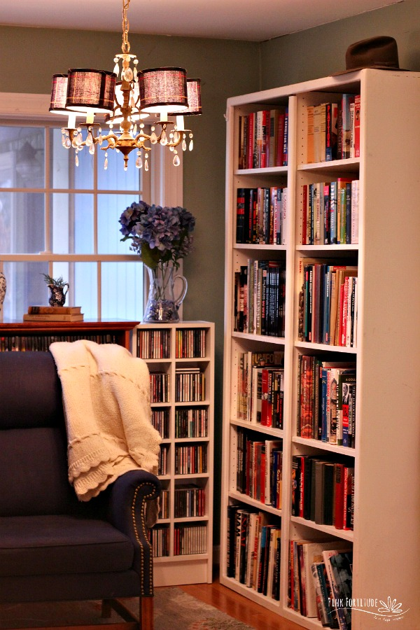 You know that spot in your house that gets under your skin every time you see it? But fixing it would cause major time, money, and effort? What if I told you that our spot was the first thing you saw when you walked into our home? Well, let me just say that revamping our library and going the DIY route for built-in book cases was totally worth the wait and effort. You have to see the big reveal!
