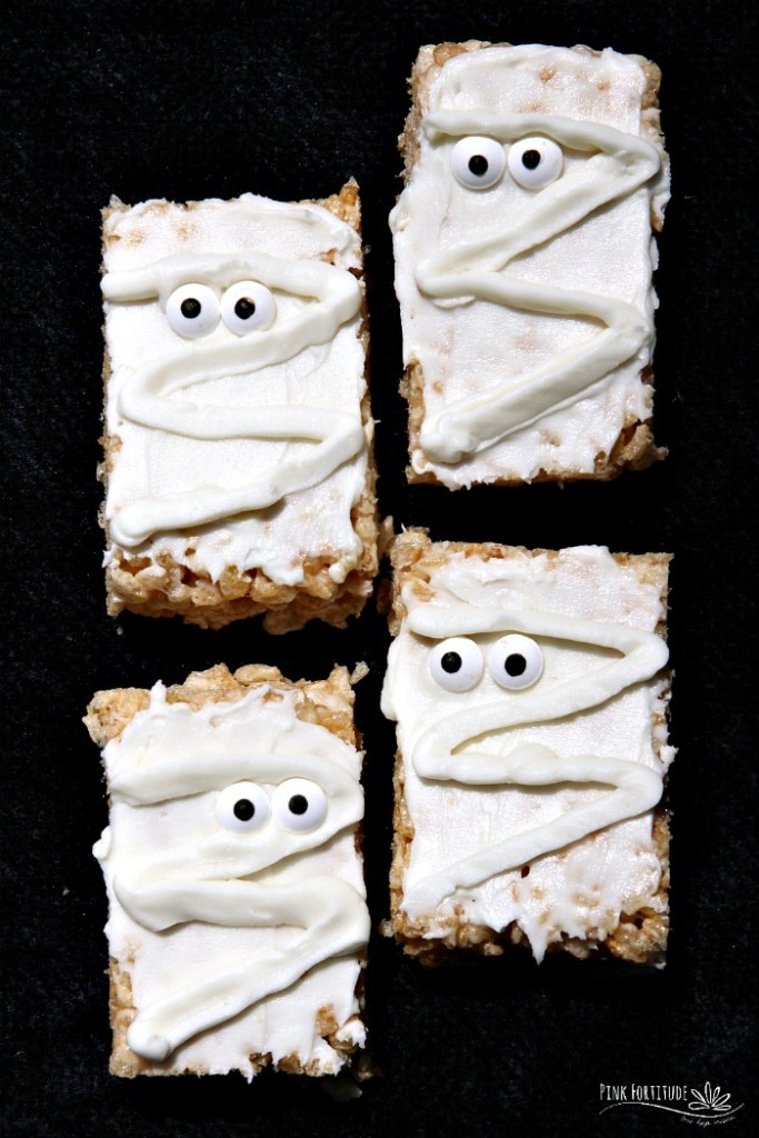 How stinkin adorable are these Mummy Rice Krispies Treats? Wait... they are gluten free and vegan?  AND easy to make? Surely you jest! Yes, my friends, it IS possible! All you have to do is know how to substitute your old favorites with your new favorites. These treats are the perfect Halloween treat for kids of all ages. So whether you call them Rice Krispy Treats, Rice Krispies Treats, or Rice Crispy Treats, you will never know the difference with this gluten free and vegan version. And no worries about scaring anyone at Halloween with processed and scary ingredients! Get the recipe...