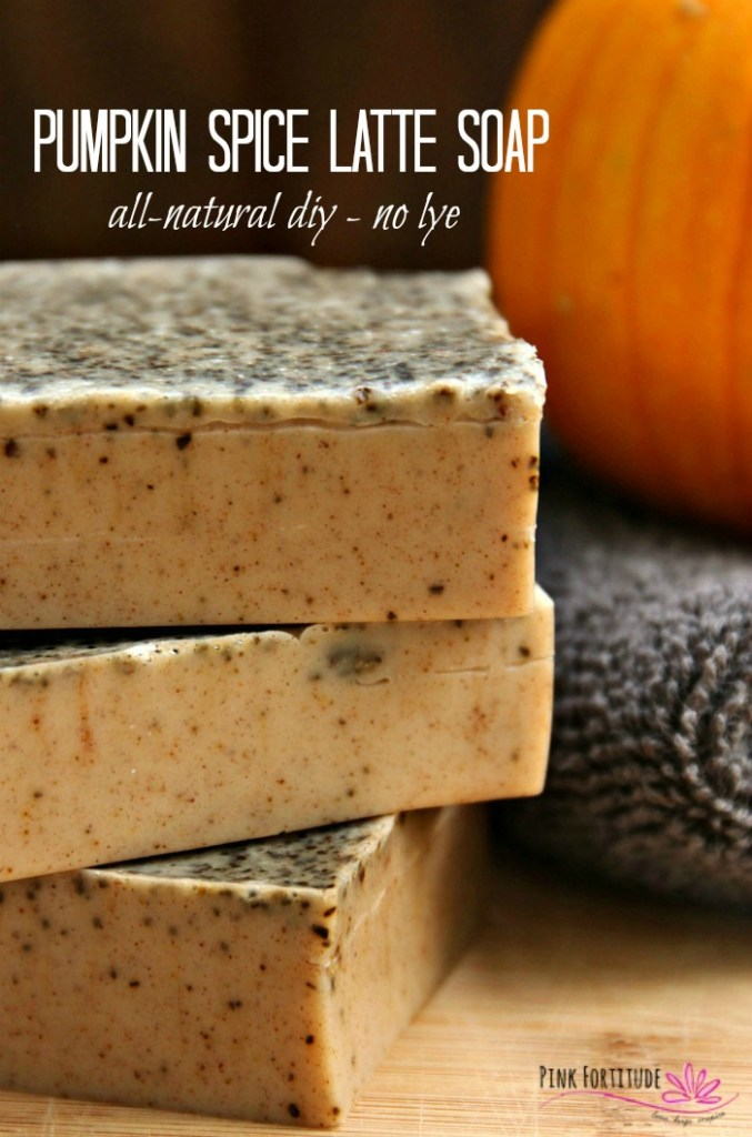 This pumpkin spice latte soap is perfect for fall! The #PSL is super easy
