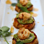 Are you looking for a new appetizer, a fun recipe for Cinco de Mayo, or some nosh that's easy to make andsuper special to serve a crowd? These sweet potato bites with avocado and shrimp are a delicious southwestern Tex-Mex style appetizer that is guaranteed to please everyone. They are Paleo, Whole30, dairy-free and gluten-free. The flavor combination may sound a bit bizarre, but trust me, it's going to be one of the best apps you've ever tasted. Get the recipe...