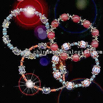 Fashion-Jewelry-2137545739