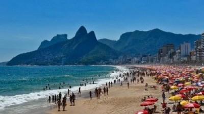 Wisata 'Bikini Beach' Terbaik Dunia