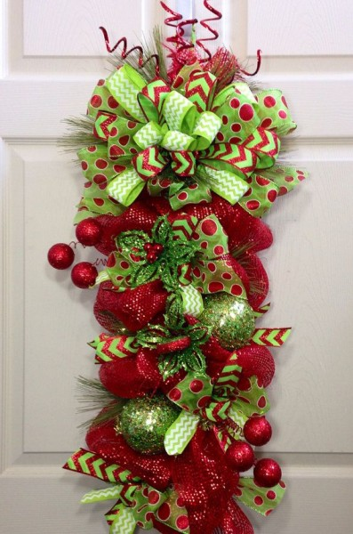 50 Christmas Door Decoration Ideas Pink Lover