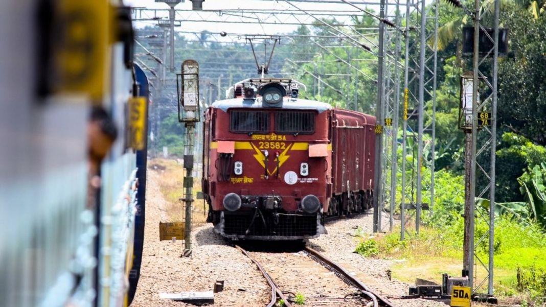 Shocking! Woman Jumps Off A Train To Escape a Rape Attempt