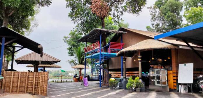Kerala Restaurants That Provide In-car Dining Services
