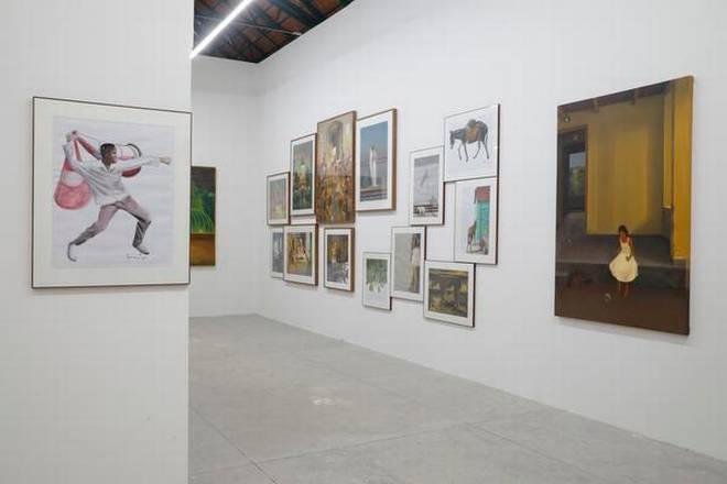 Lokame Tharavadu Artists