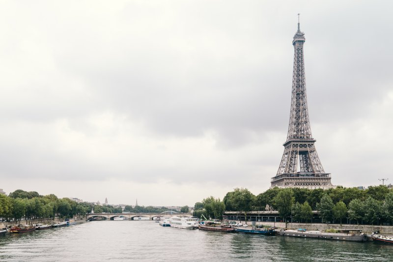 Planning a trip to Paris with Momaboard