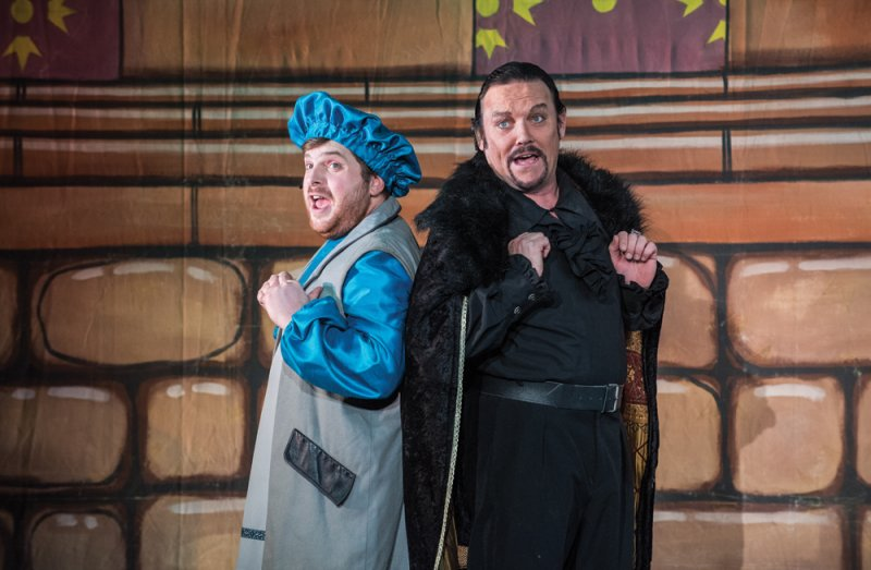 Sheriff of Nottingham and Dennis at The Roses Theatre Tewkesbury