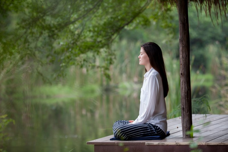 relax by meditation
