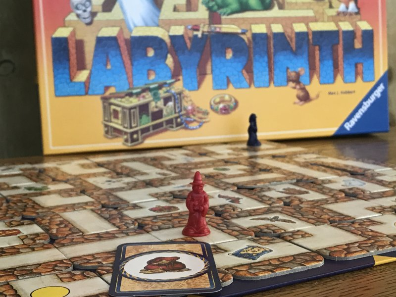 Labyrinth – Problem Solving Game of Moving Mazes