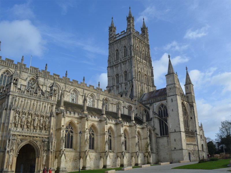 Gloucester Cathedral with Children