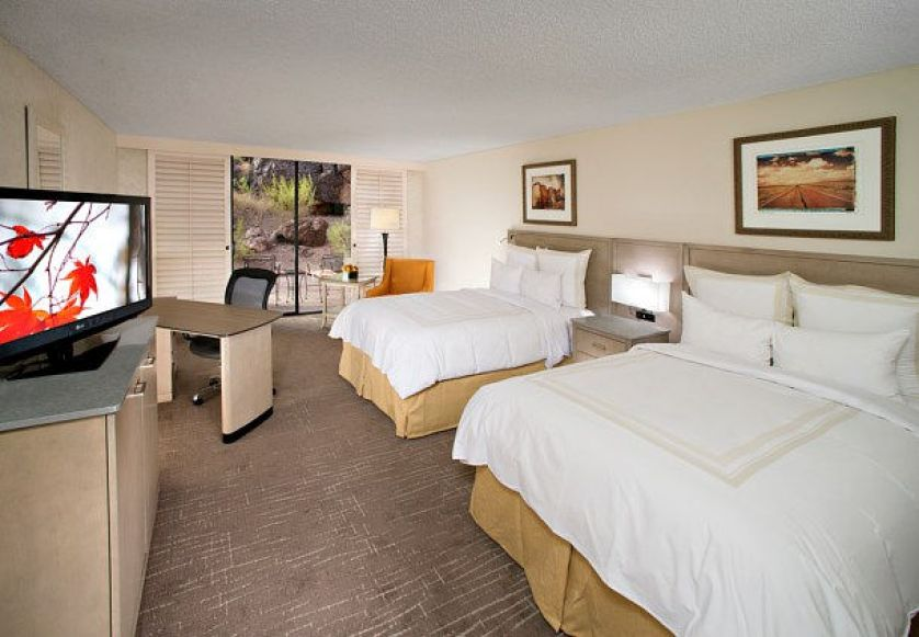 phoenix hotel reviews
