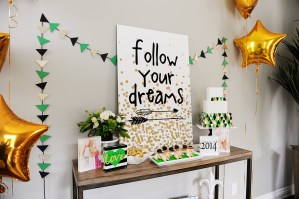 Shutterfly graduation table