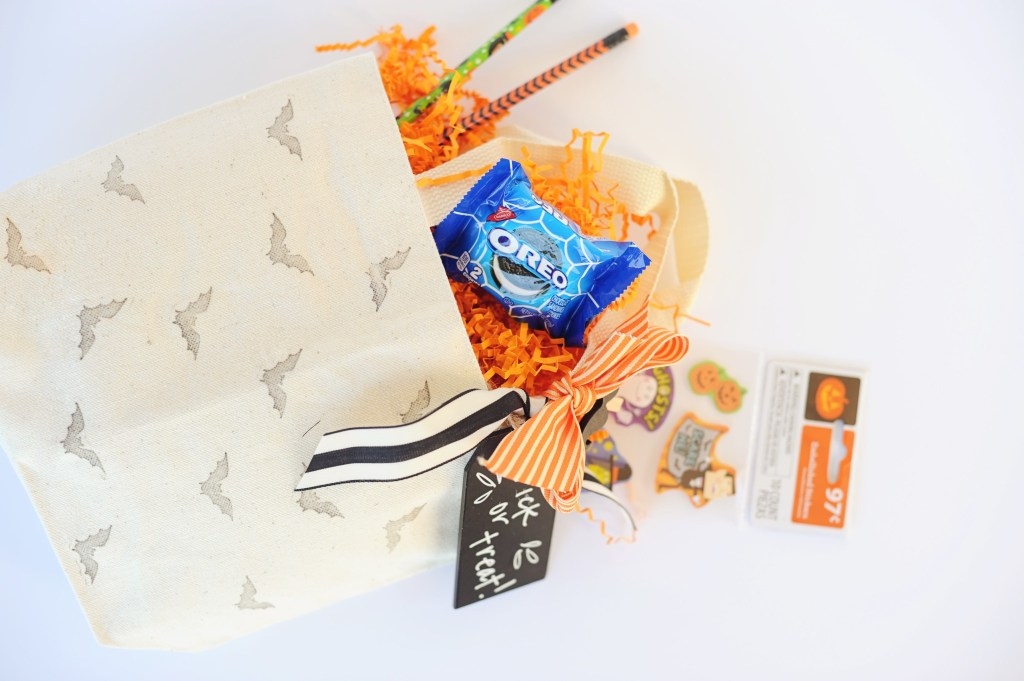 halloween treat bag DIY tutorial