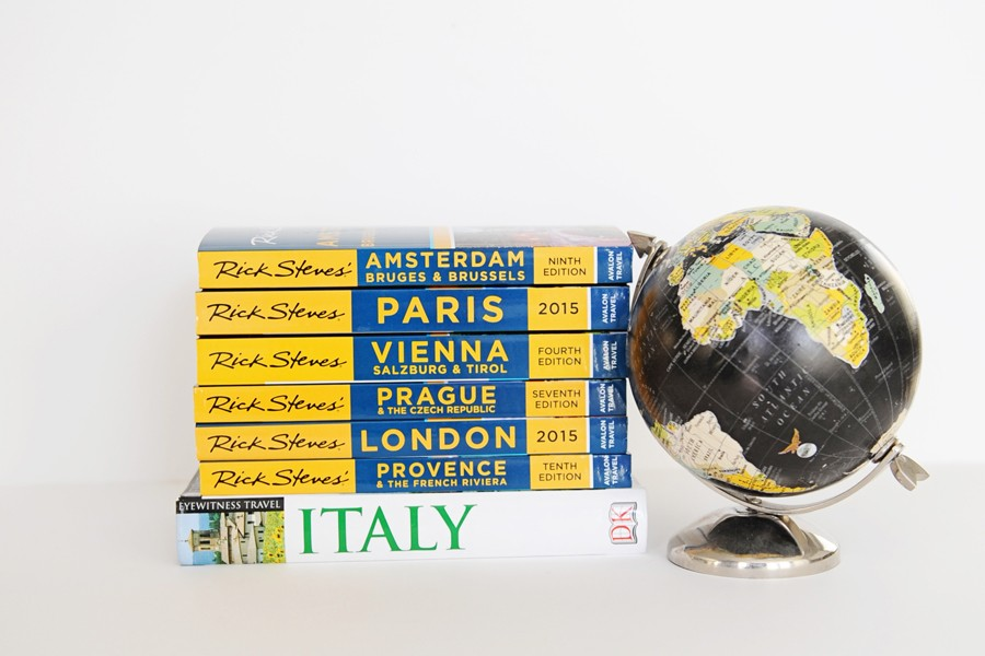 Gift Guide for Travelers: The Best Travel Books and City Guides for Adults and kids this Holiday Season