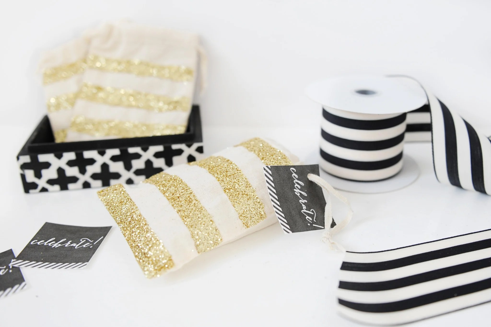 DIY Glittered Muslin Bags Perfect for Wrapping Gift Cards