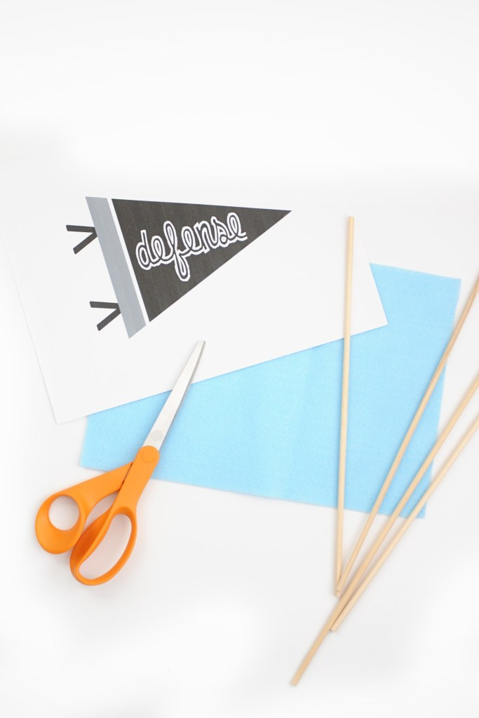 DIY Mini Felt Pennant Banner Tutorial