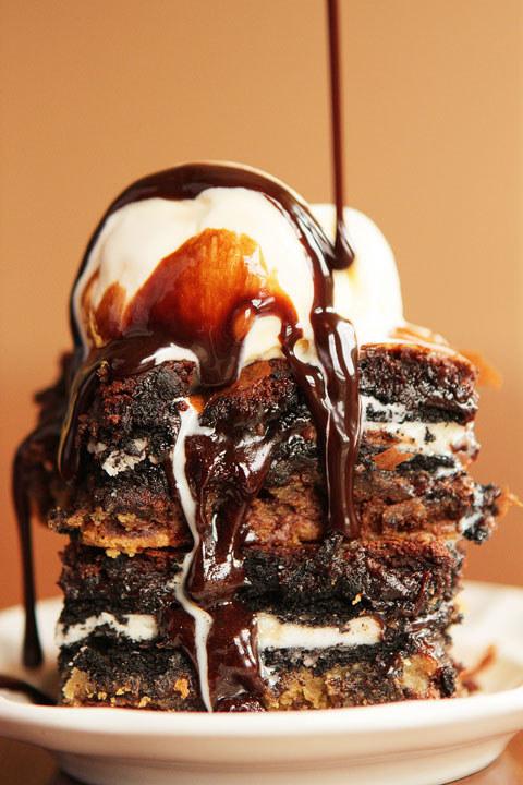 Chocolate Chip Cookie n' Oreo Fudge Brownie Bar