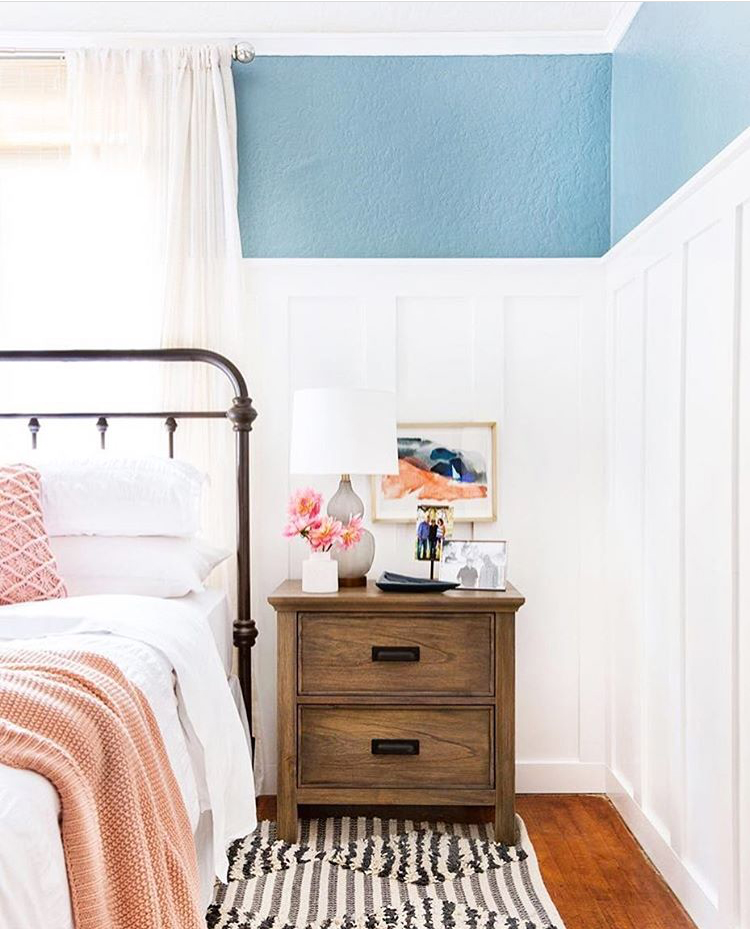 choosing nightstands